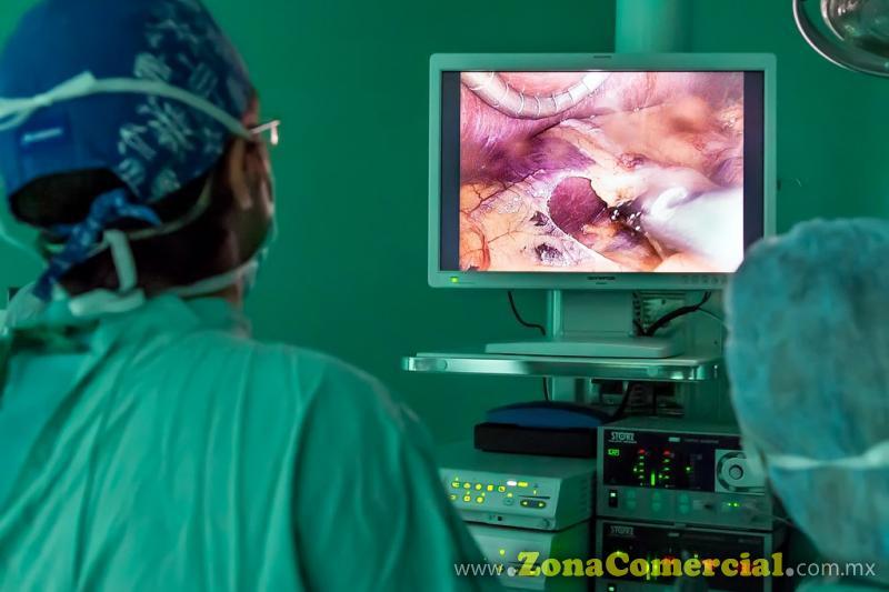 Los Mejores servicios y tecnología en endoscopía gastrointestinal... Cirugía de tubo digestivo, cirugía de esófago, cirugía de estómago, cirugía de intestino delgado, cirugía de intestino grueso, cirugía de pared abdominal, cirugía de hernias inguinales, cirugía de colon-recto, cáncer de colon, hemorroides, fistulas anales, fisuras anales, endoscopia de esófago, cirugía de vesícula y vías biliares. Dr. Rafael Enrique Rendón Salcido. Dr. Jorge Alberto Mora Pérez.
