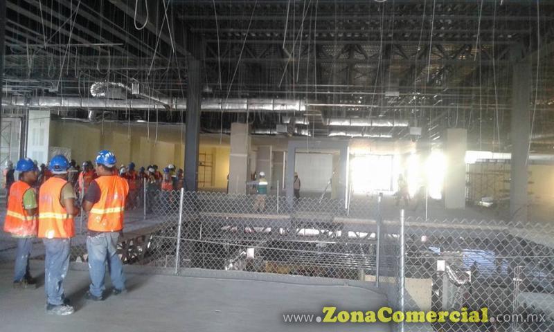 Realizacion de trabajos en instalaciones de Liverpool galerias