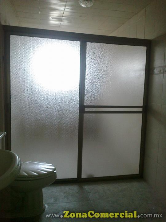 Cancel para baño de aluminio natural y plástico tapiz cristal